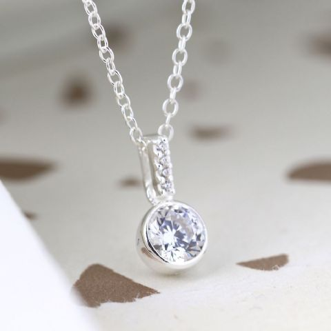 STERLING SILVER CRYSTAL ROUND NECKLACE